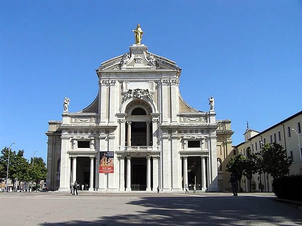 Fête de Notre Dame des Anges et indulgence de la Portioncule